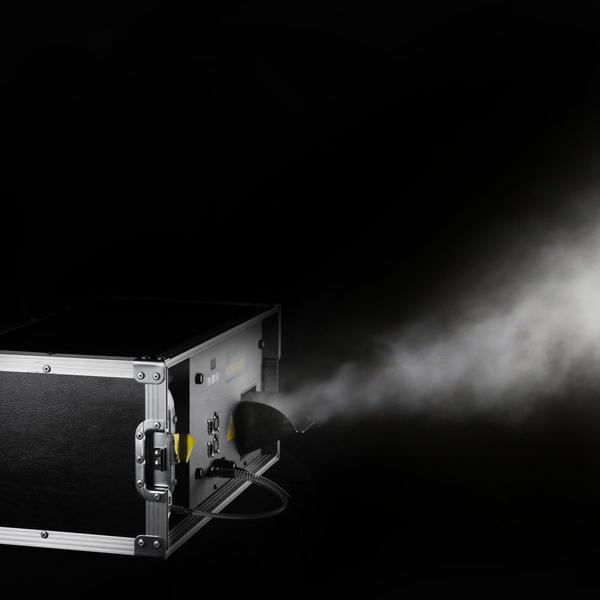 Cameo INSTANT HAZER 1500 T PRO Touring-Hazer, Mikroprozessor-Steuerung